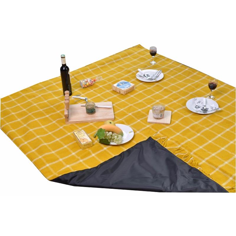 grand plaid pique nique voyage en pure laine vierge cossais jaune. Black Bedroom Furniture Sets. Home Design Ideas